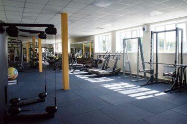 Тренажерный зал на стадионе Труд, Коряжма